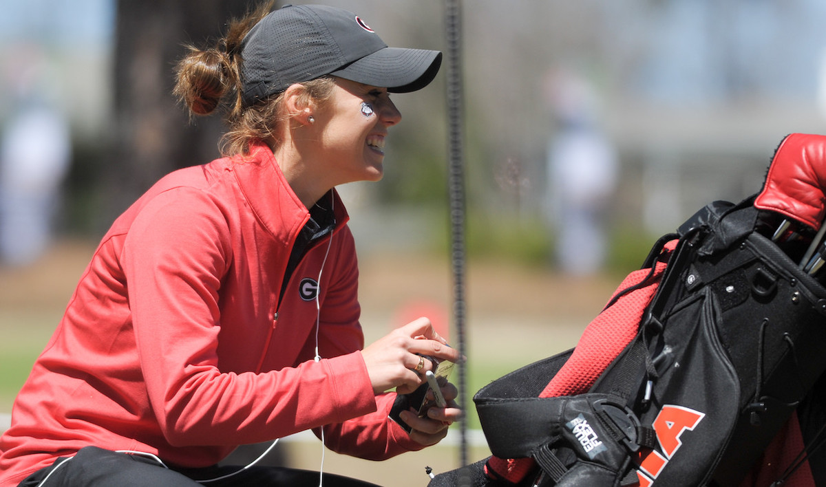Ro during her time on the UGA women's golf team